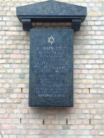 Frankfurt Bornerplatz shul memorial plaque