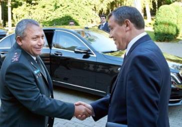 IDF Chief of Staff Lt.-Gen. Gadi Eisenkot (left) with Chief of the General Staff of the Russian Army General Valery Vasilevich Gerasimov, September 21, 2015. . (photo credit:IDF)