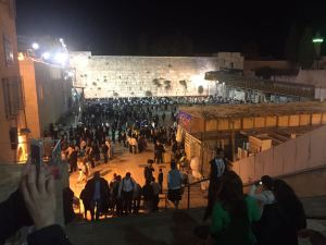 Looking down onto the thousands of people crowding the Kotel plaza, Sukkot 2016